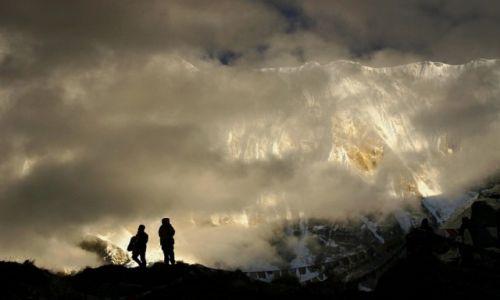Zdjecie NEPAL / Annapurna Base Camp / poranek w bazie  / konkurs