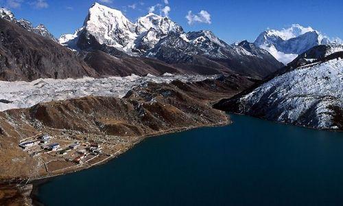 Zdjęcie NEPAL / Himalaje / Trekking w rejonie Mount Everestu / W drodze na Gokyo Ri