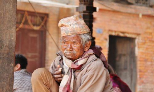 Zdjęcie NEPAL / - / Patan / Przemijanie