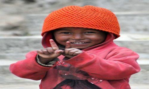 Zdjecie NEPAL / Pokhara / Kaskikot / dziewczynka
