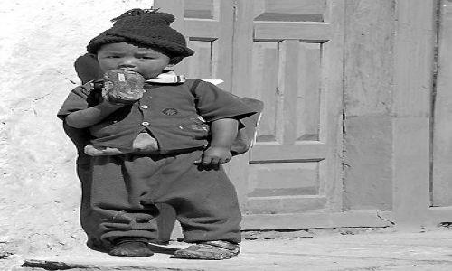 Zdjecie NEPAL / Nepal / Nepal / Na czarno- bialo....
