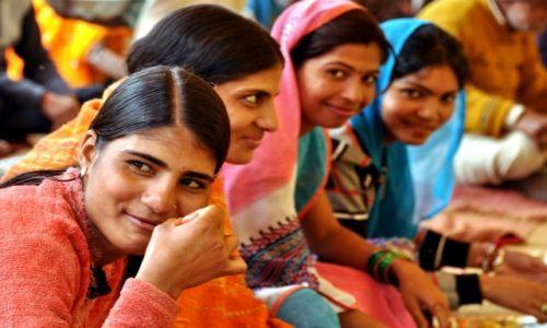 NEPAL / - / Nepal / Dziewoje dla Smoka
