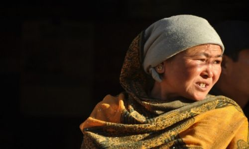 Zdjecie NEPAL / Langtang / Dunche / Konkurs - Kobieta z Dunche