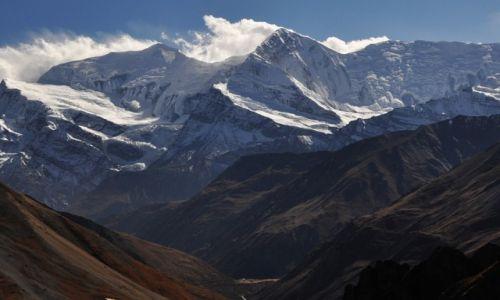Zdjecie NEPAL / Annapurna / Thorung High Camp 4920m / Annapurna III 7555m i Gangapurna 7455