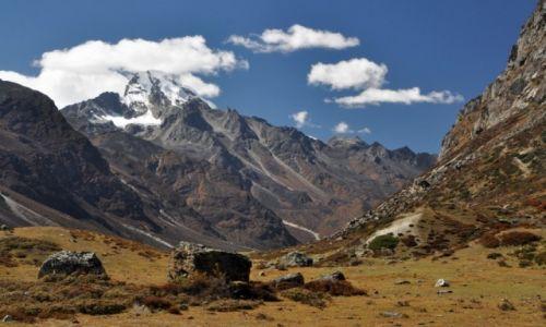 NEPAL / Langtang / okolice Kyanjin Gompa / Naya Kanga 5855m