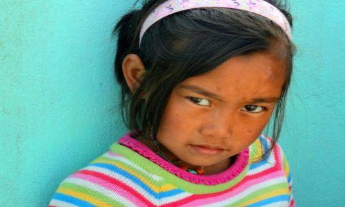Zdjecie NEPAL / Kaski / Pokhara / Podejrzliwa - K
