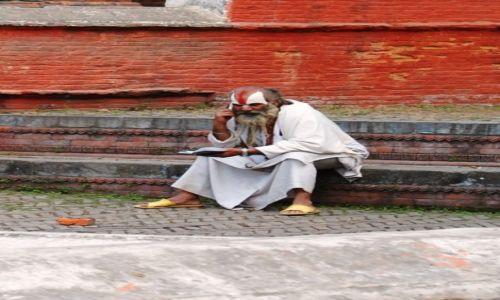 Zdjecie NEPAL / Kathmandu / Świątynia Pashupatinath / Halo! Pustelnia?, czyli eremito-ściema