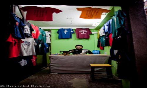Zdjęcie NEPAL / -Kathmandu / Kathmandu / Krawiec