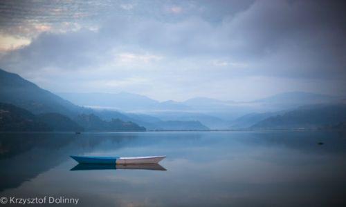 Zdjecie NEPAL / -Anapurna / Anapurna / Jezioro w Pokhara