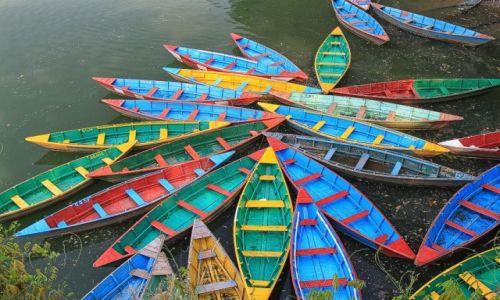 NEPAL / Pokhara / Phewa Lake / Phewa Lake