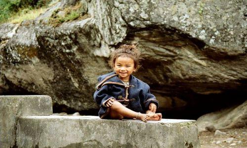 Zdjecie NEPAL / Annapurna / Kalopani / Nepalka
