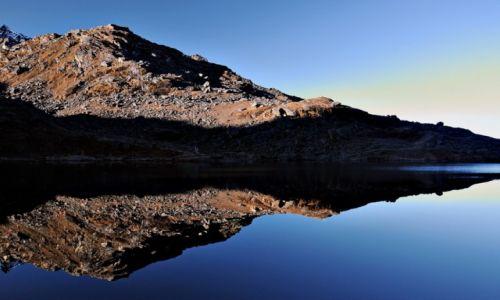Zdjecie NEPAL / Rejon jezior Gosainkund / Baza w Gosainkund / Gosainkund o świcie