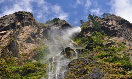 Zdjecie NEPAL / Manaslu / gdzieś na treku / wodospad