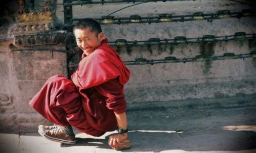 Zdjecie NEPAL / Kathmadu / Swayambhu / Uśmiechnij się