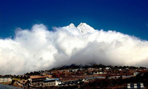 NEPAL / Himalaje / Namcze Bazar / Thamserku