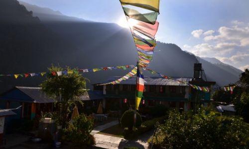Zdjęcie NEPAL / Centralny Nepal / Jhinudanda / Jhinudanda