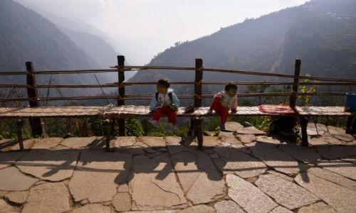 Zdjęcie NEPAL / Centralny Nepal / Annapurna Region / Mali Nepalczycy