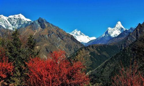 NEPAL / Himalaje / Nad Namcze Bazar / Za kilka dni rozpocznie się zima!