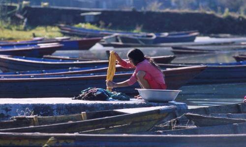 Zdjecie NEPAL / brak / Pokhara / Pranie