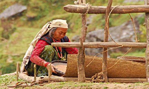 NEPAL / Himalaje / kolice Ghorepani / codziennnosc