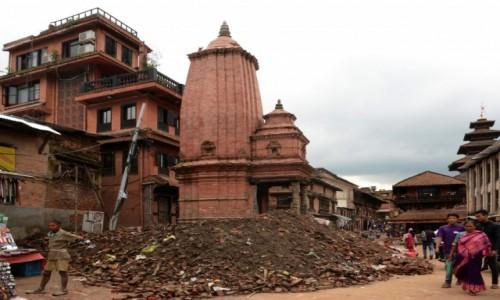 Zdjecie NEPAL / Dolina Kathmandu / Bhaktapur / Ulica