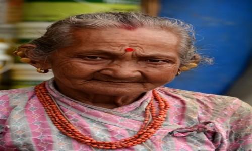 Zdjecie NEPAL / Dolina Kathmandu / Kathmandu / Kolczyki