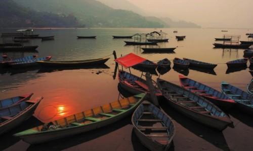 Zdjecie NEPAL / Western Development Region / Pokhara / Jezioro Fewa.