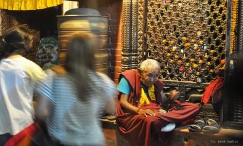 Zdjecie NEPAL / Dolina Kathmandu / Bouddanath / z rozmodleniu