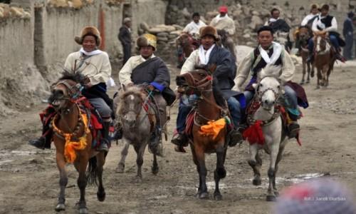 Zdjecie NEPAL / Mustang / Lo-Mantang / Festiwal Yartun