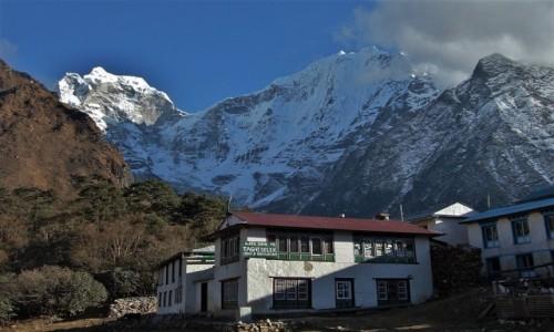 NEPAL / Sagarmatha Himal (Mt. Everest) / Dingboche / Miejsc�wka z widokiem