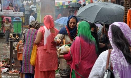 NEPAL / Kathmandu / Budhalikanta / Ofiara