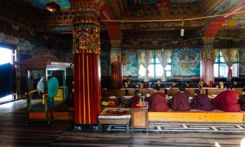 Zdjecie NEPAL / pokhara / Pokhara / w klasztorze ty