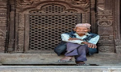 NEPAL / Katmandu / centrum / lokalny monitoring :)