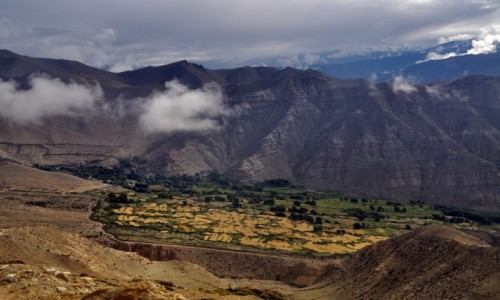 NEPAL / Mustang / okolice Ghami / Wioska