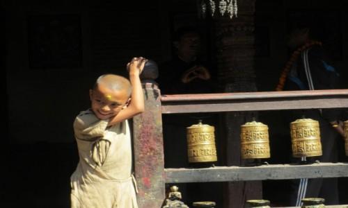 Zdjęcie NEPAL / Katmandu / Katmandu / Mały mnich