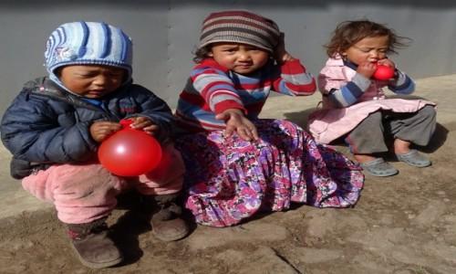 Zdjęcie NEPAL / Himalaje - dystrykt Solukhumbu / Lukla / A dla mnie?