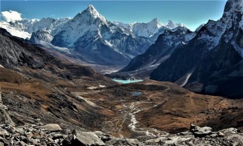 NEPAL / Himalaje, rejon przełęczy Cho La / Zejście z przełęczy Cho La 5420 m. / Dolina Chola Khola