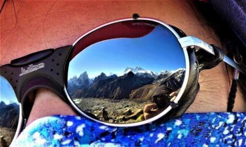 NEPAL / Himalaje, rejon  Ngozumpa Glacier  / Gokyo Ri / Okiem podróżnika