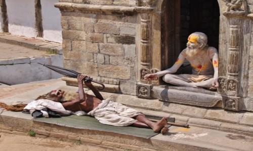 Zdjecie NEPAL / - / Pashupatinath / Rozłożyć..., nie rozłożyć..., rozłożyć....,nie rozłożyć