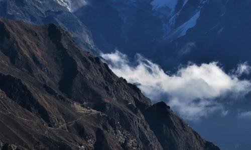 Zdjęcie NEPAL / Himalaje, dolina Dudh Kosi / Osada Kohanar / To dopiero znaczy mieszkać w Górach!