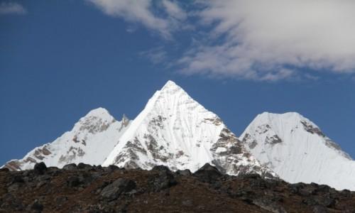 Zdjecie NEPAL / - / Park Narodowy Baruntse / Trzy Korony