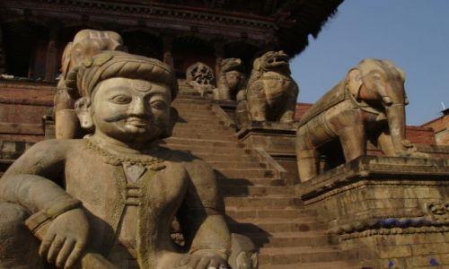 Zdjecie NEPAL / brak / Dolina Katmandu / Schody do świątyni