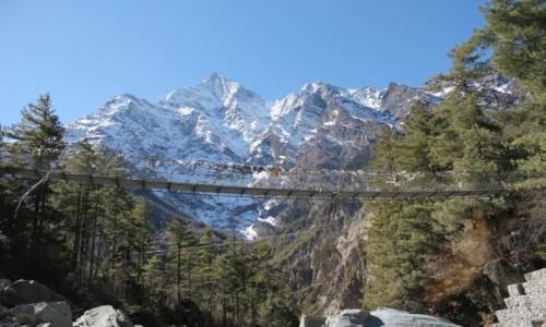 Zdjecie NEPAL / Nepal Srodkowy Annapurna / ze szlaku przed Dhikurpokhari / Trekking  Annapurna Circuit
