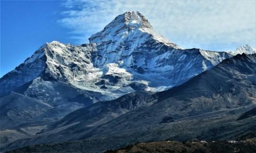 Zdjęcie NEPAL / Himalaje, Sagarmatha Himal / widok z osady Mongla / Ama Dablam