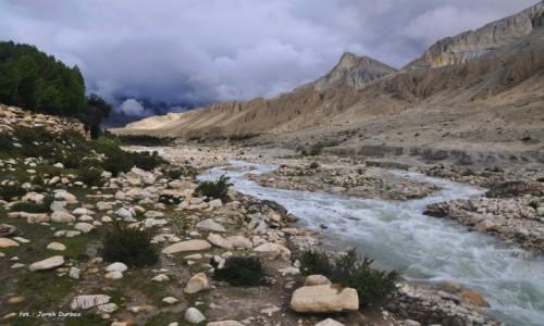 Zdjecie NEPAL / Mustang / na szlaku / w dolinie Musta