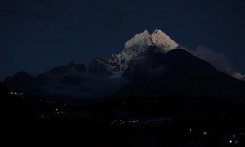 Zdjęcie NEPAL / Khumbu / Namche Bazaar / Namche by night