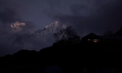 Zdjęcie NEPAL / Khumbu / Dhole / Dhole by night