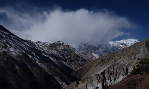 NEPAL / Manang / Szlak do Tilicho Lake / Nagła zmiana pogody
