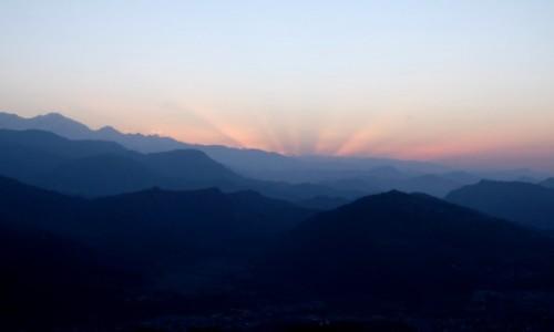 Zdjęcie NEPAL / Pokhara / Sarangkot / Świt