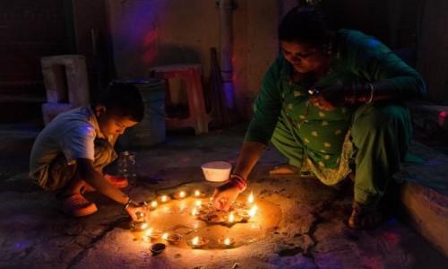 NEPAL / Katmandu / Thamel / rytuał...